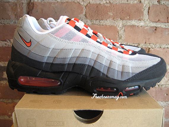 air-max-95-team-orange-01